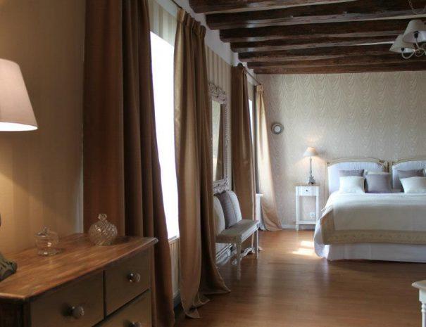 chambre_fil_de_soie_mangnanerie-touraine
